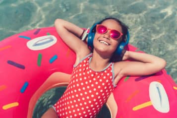 2. Kids Pool Party – Poolside Playlist