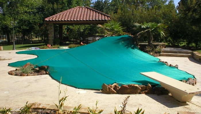 inground-pool-leaf-cover-custom-700x400
